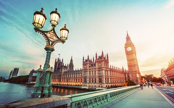 Panoramic view of the houses of parliament in London